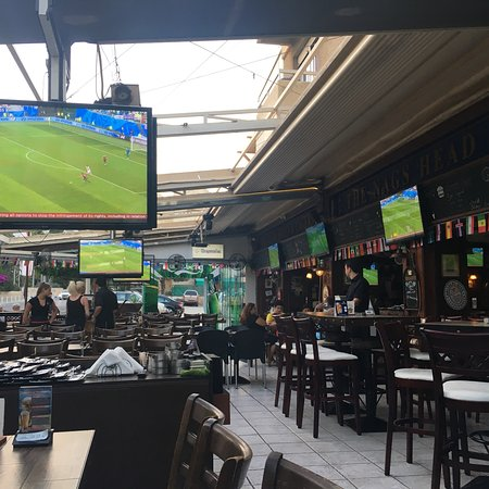 Great atmosphere sport and karaoke bar