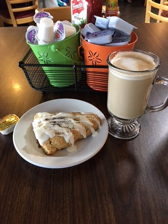 Original Word of Mouth: Luke warm latte with scone drenched in icing