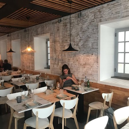 Cosy and trendy place & delicious food!