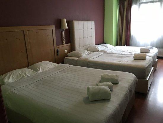 Hotel Albert: Family bedroom