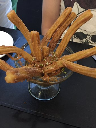 Mr. Jones: Churros com Doce de Leite