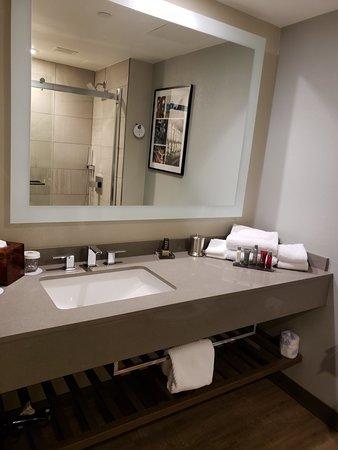 Winston-Salem Marriott : 20180607_220905_large.jpg
