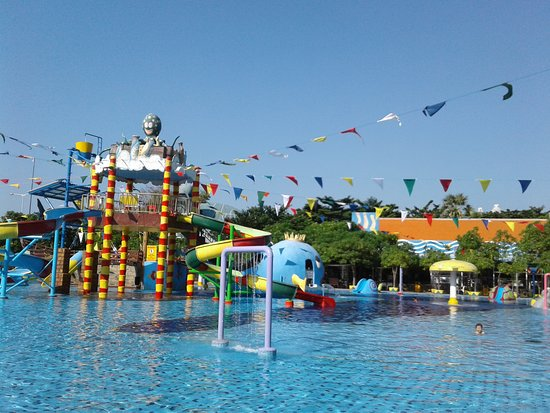 Waterpark Picture Of Wisata Bahari Lamongan Tripadvisor