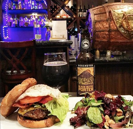 Ca' Del Grevino: The burger is a must-have