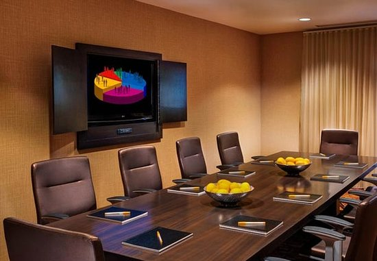 Irving, TX: Meeting room