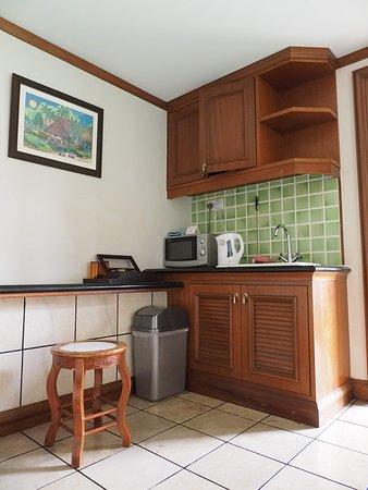 Grand Lexis Port Dickson : Kitchen