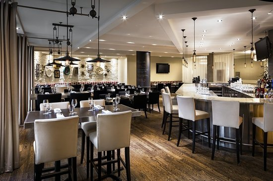 Le Westin Resort & Spa: Restaurant