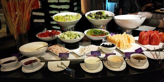 Galleria 10 Sukhumvit: Breakfast