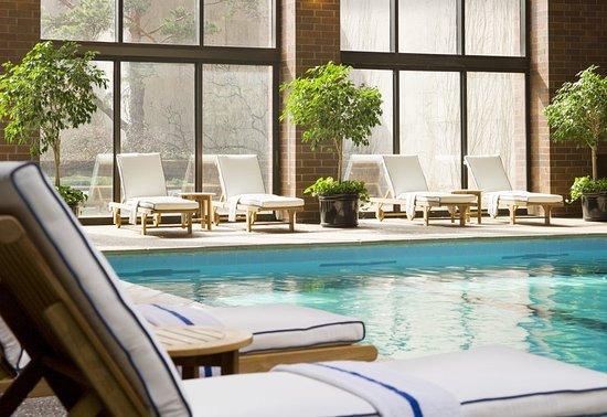 Itasca, IL: Pool