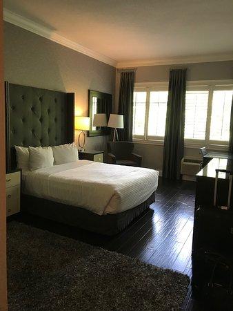 Prestige Oceanfront Resort Sooke: Lovely room ...