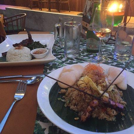 写真Tropical Restaurant Mengiat枚