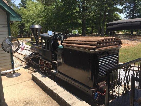 Simpsonville, SC: Train