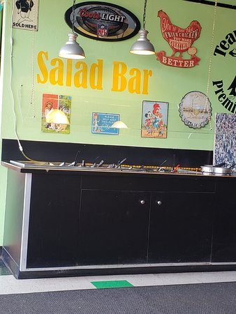 Stayton, OR: salad bar