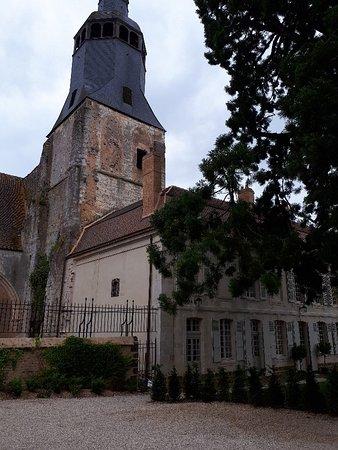 Thiron-Gardais, France: 20180601_151112_large.jpg