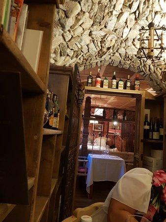 Temu, Italy: 20180617_205747_large.jpg