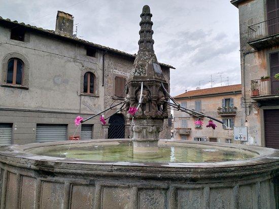Fontana del Piano