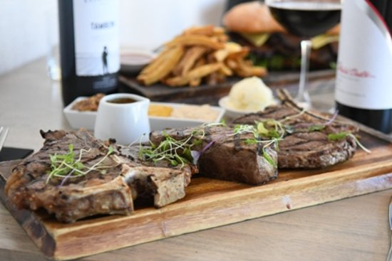 Belmont, Australia: 3 x Styles of Steak
