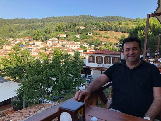 Sirince, Turkey: gülgün abla restaurant .. good wiev