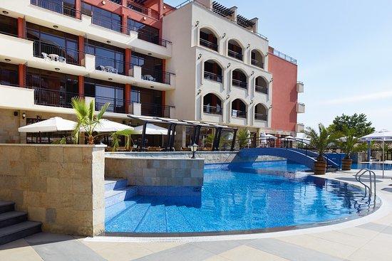 Pool - Picture of Hotel Nobel, Sunny Beach - Tripadvisor