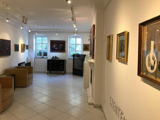 Erdesz Gallery & Design