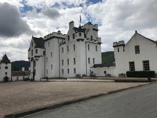 Blair Castle and Hercules Gardens : Château de Blair