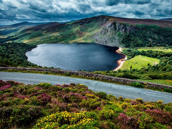 Ireland's Ancient East, Irland: Lough Tay, Co. Wicklow