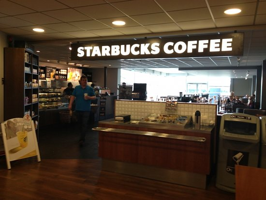 Newport Pagnell, UK: Starbucks