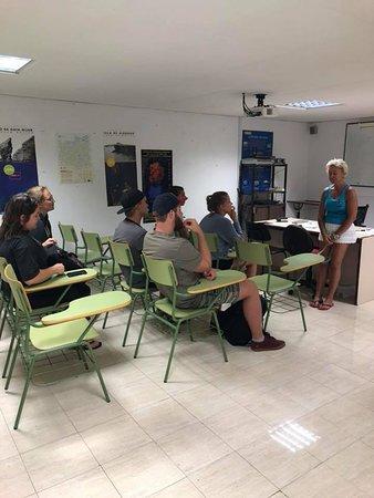 Enix, Spain: aula de formacion