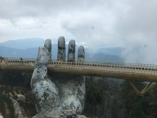 golden bridge ba na hills tour