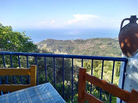 Manolates, Greece: IMG_20180509_171029469_HDR_large.jpg