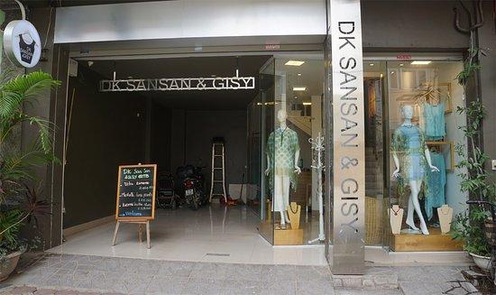 DK Sansan & Gisy