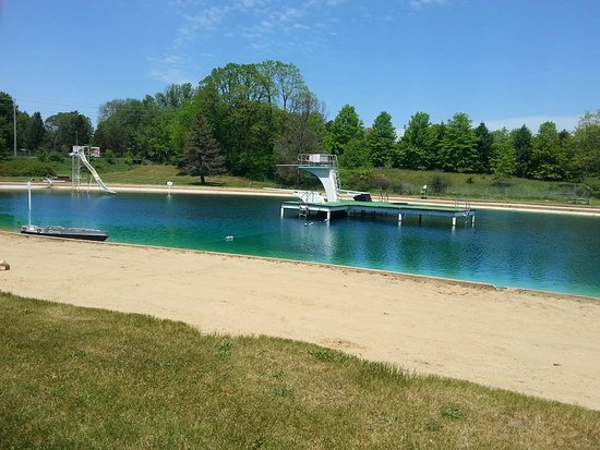 Uniontown, OH: Spring fed lake no fish since picture taken the slide is down