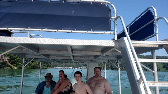 Norris Lake: Rental pontoon