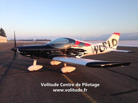 Saint-Etienne-de-Saint-Geoirs, France: Notre avion Skyracer
