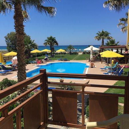 Ilian Beach Apartments – fénykép