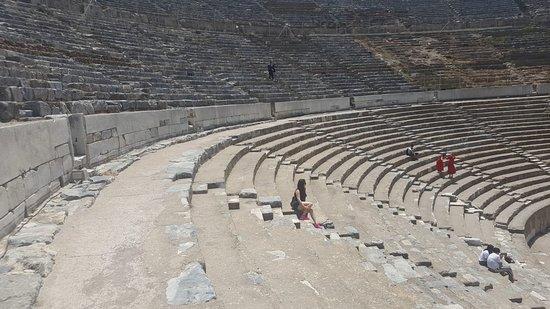 مدينة أفسس القديمة: IMG-20180610-WA0010_large.jpg
