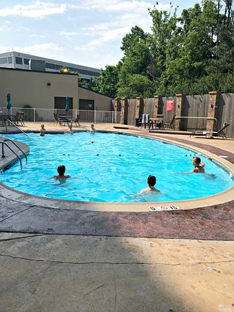 Claymont, Ντέλαγουερ: Clean, nice pool area