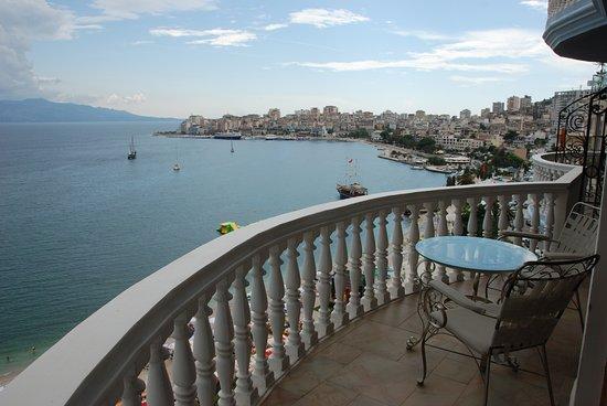 Pool - Picture of Hotel Il Conte Di Monte Cristo, Saranda - Tripadvisor
