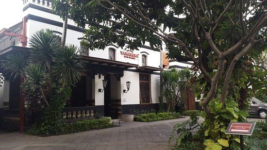 photo3 Picture of Tanamera Coffee Surabaya TripAdvisor