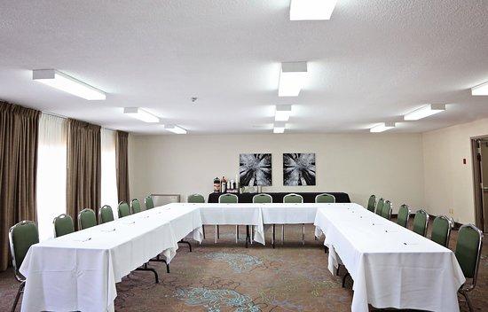 Interior - Picture of Waterfront Inn, Temiskaming Shores - Tripadvisor