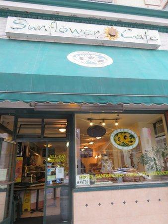 Sunflower Cafe: Exterior