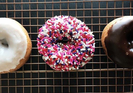 Knox, IN: Cake donuts!