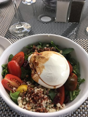 Storrs, CT: One of the best salads I ever had.the mozzarella was to die for. I can't wait to order again!