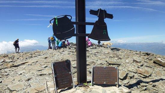 La Olla y la Campana, simbolos de Buria y el Puigmal