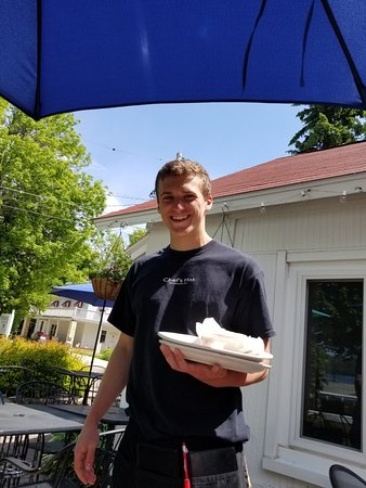 Chef's Hat Cafe: 20180608_112435_large.jpg