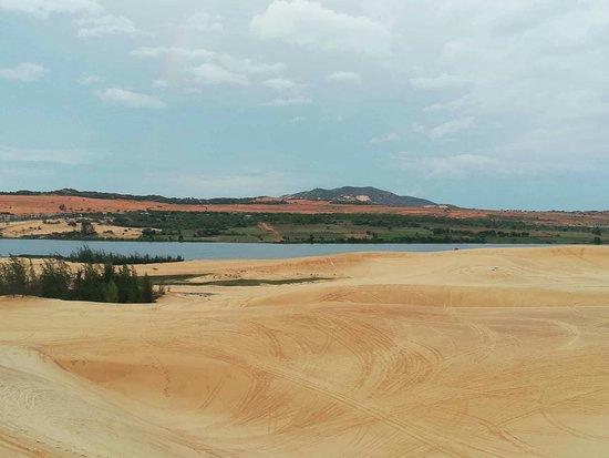 White Sand Dunes: received_10215741874610901_large.jpg