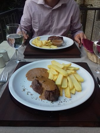 Steak House: Black Angus beef fillet.