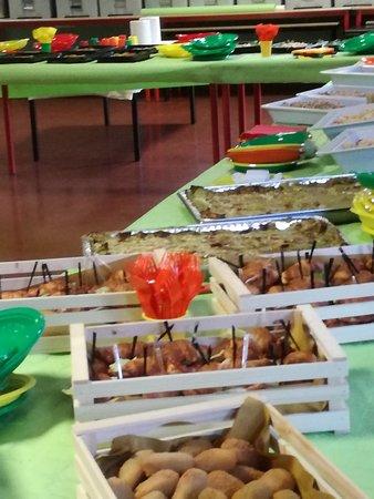Sesto Ulteriano, Olaszország: Aperi Cena Croissant salati e lasagnette