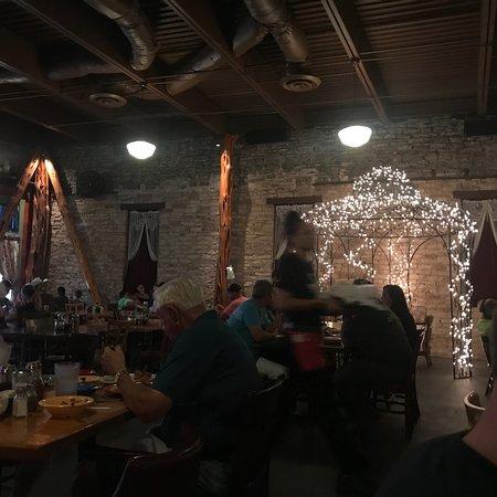 Babe's Chicken Dinner House: photo2.jpg