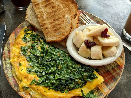 Bouldin Creek Cafe: House Omelette with toast and fruit